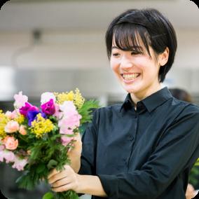 日常やブライダルで花を使って装飾を施したい!!