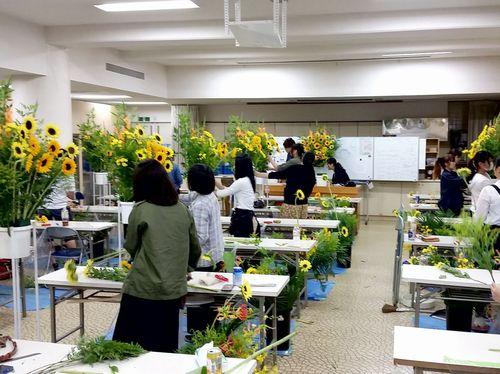 フラワーデザインコース実習教室